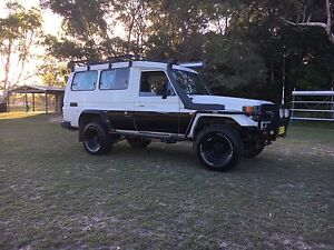 Toyota Land Cruiser troop carrier Iluka Clarence Valley Preview