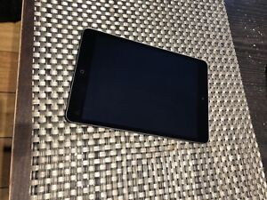 Vend ipad mini 2 16gb gris