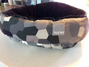 FuzzYard Reversible Small Dog/Cat Bed Cottesloe Cottesloe Area Preview