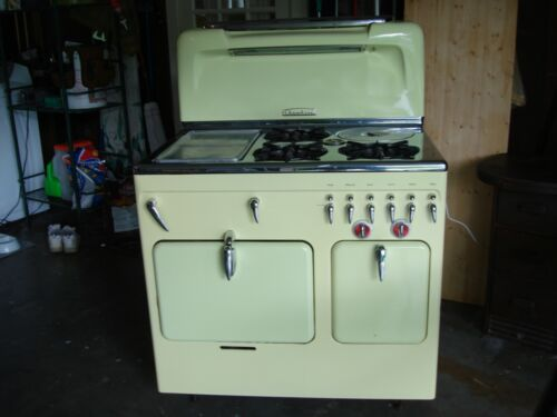 1950s  Yellow Chambers Stove Model C - Working Condition - Pick Up Only