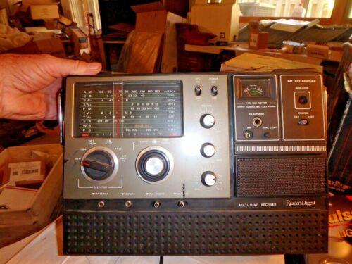 YYY- working mint Readers Digest model RDA-127 short wave radio