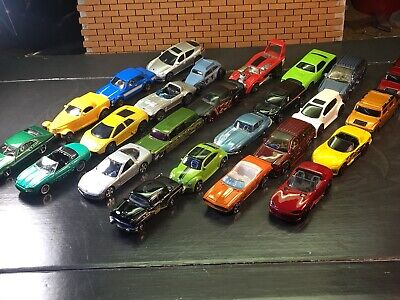 Hot Wheels, Matchbox, Maisto Lot Of 25 Mixed Vehicles,Camaro,Covette, Hummer,VW