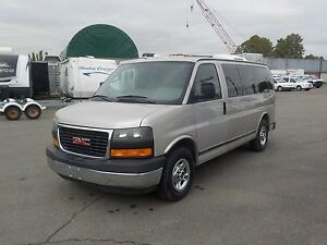 2006 GMC Savana G1500 Wheel Chair Lift Van 5 Passenger