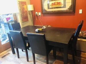 IKEA expendable dinning table