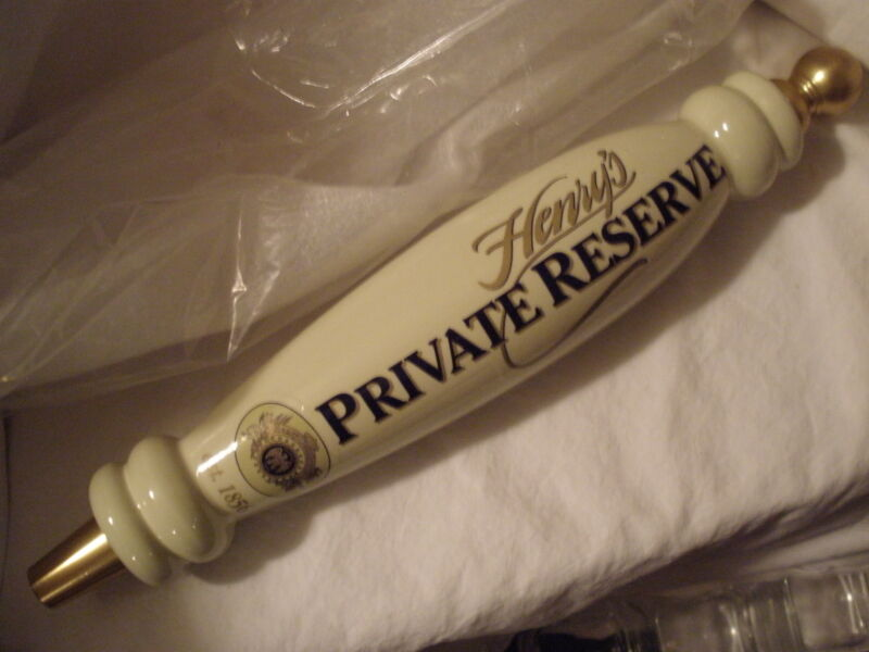 "HENRY'S PRIVATE RESERVE (BEER) (OFF-WHITE W/GOLD/ NAVY LETTERING) 13"" TAP HANDLE"