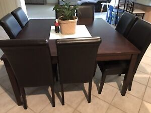 Dining set: 8 seat table and matching buffet.