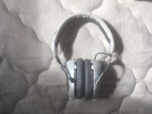 fc3f509ae1e Vmoda Headphones | Buy New & Used Goods Near You! Find Everything ...