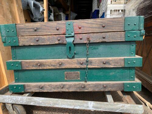"RARE SMALL  ""Vanderman"" Railroad /  Antique Gold Bullion Strong Box Circa 1897"
