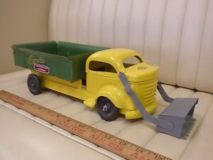1950s-LINCOLN-Construction-Co-Dump-Loader-Truck-Pressed-Steel-Toy-CANADA