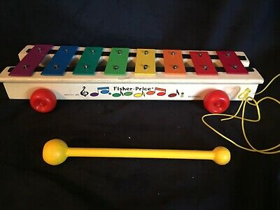Vintage Fisher Price Xylophone pull toy. 64-78. Good condition and works.