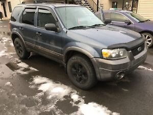 Ford escape 2005 1500$DEAL!!