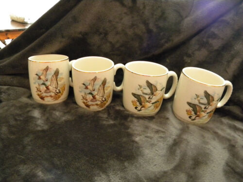 VINTAGE LORD NELSON POTTERY ENGLAND Beatiful DUCK MUGS - SET OF 4-2 Pair