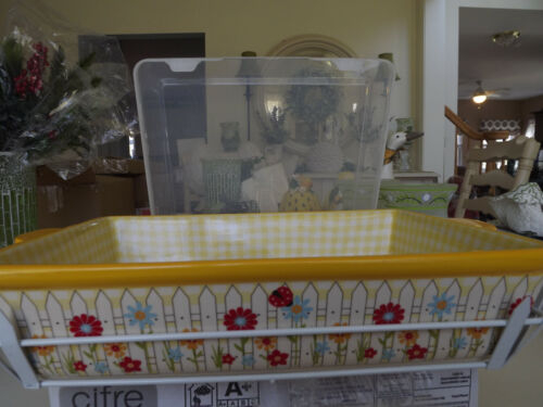 Temp-tations Yellow Gingham 9X13 Bakeware & Fence Rack - NEW
