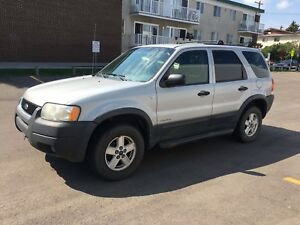 2002 Ford Escape XLT AWD/4x4 - Safety inspected