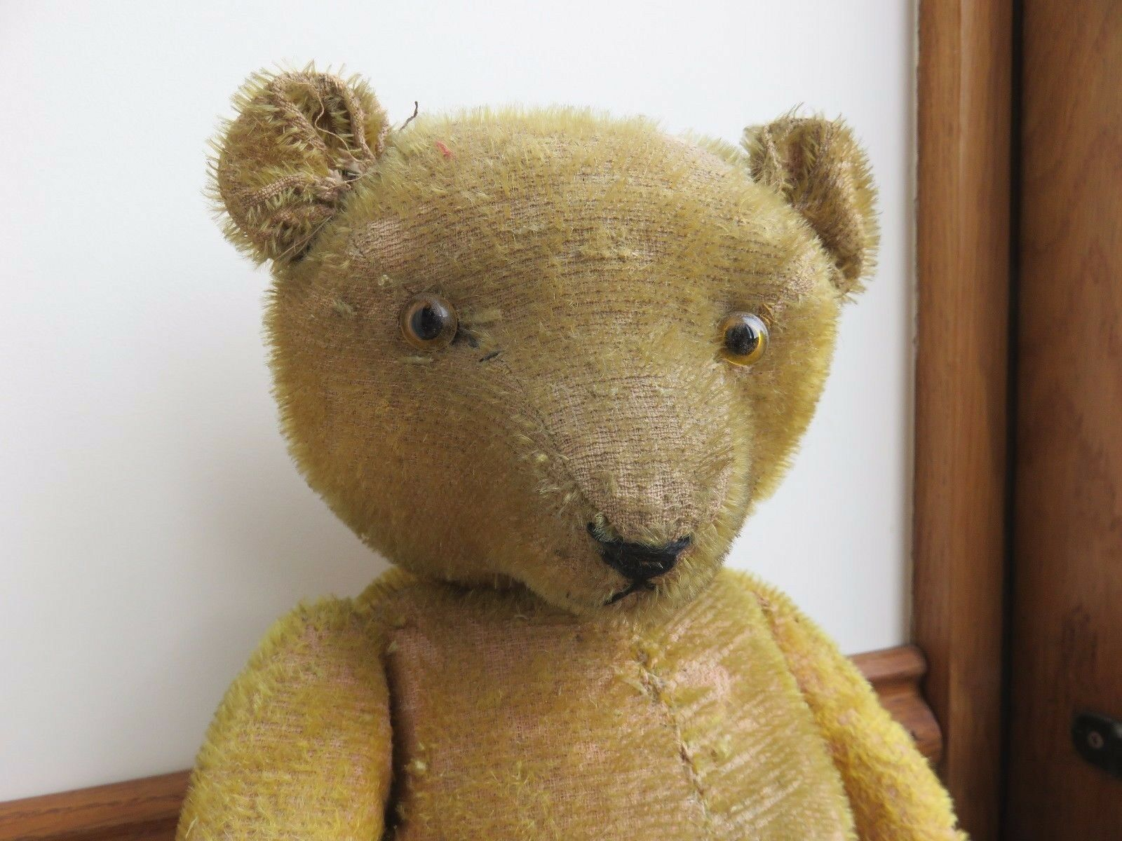 WELL LOVED ANTIQUE VINTAGE TEDDY BEAR WITH HUMP