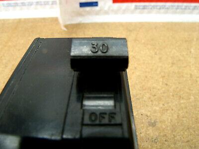 Square D Qo230 30 Amp 2 Pole Circuit Breaker Plug In 120240 Vac