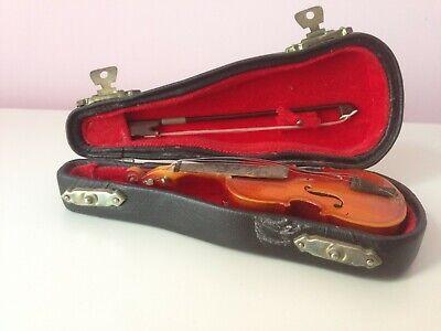 """Cello replica 3.25/"""" handmade collectible pendant w// black cotton necklace /& case"""