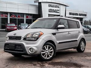 2013 Kia Soul ONE OWNER..LOCAL TRADE...ONLY 21,000 KLMS...