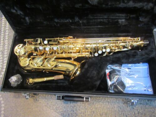 LJ HUTCHEN  MKII ALTO SAXOPHONE-EXCELLENT- CLEANED,SERVICED,New M.Piece & More