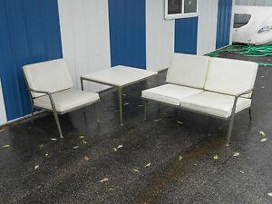 Vintage Mid Century Modern Outdoor Furniture Set Knoll