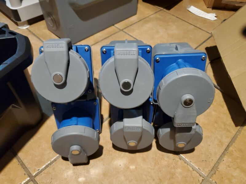 Set of 6 Hubbell 560R9W, 60 Amp, 120/208 Volt, 3 Phase Receptacle- PS147