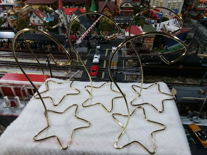 CHRISTMAS ORNAMENT METAL DISPLAY STAND GOLD COLORED 5 PIECES pre-owned NICE.