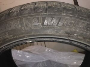 """Michelin """"Ice 2""""tires"""