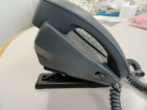 Avaya 5410 Digital Display Telephone ,w Plastic Stand , Wall  Mount 700382005,