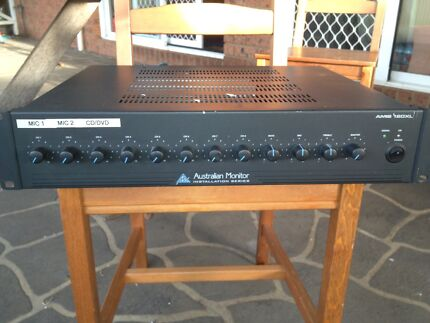 Australian monitor Amp and mic system  Thirlmere Wollondilly Area Preview