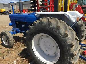 Ford 4000 Tractor - Late Model