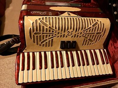 Sonola Accordion