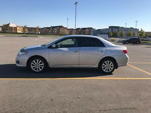 Toyota Corolla LE 2009 Automatic Silver with low 138000 kms