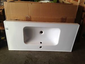 Ikea sink - see photos for size