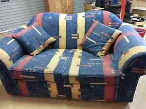 multi coloured sofa Nowra Nowra-Bomaderry Preview