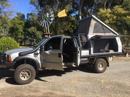 Ford F250 4x4 off road camper