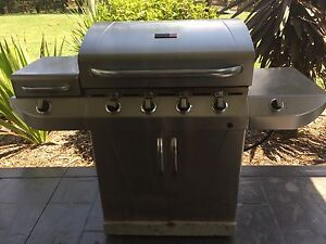 Char-Broil 4 Burner & Stove BBQ Horsley Park Fairfield Area Preview