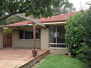 Gooseberry Hill 2 x 1 house duplex for rent. Gooseberry Hill Kalamunda Area Preview
