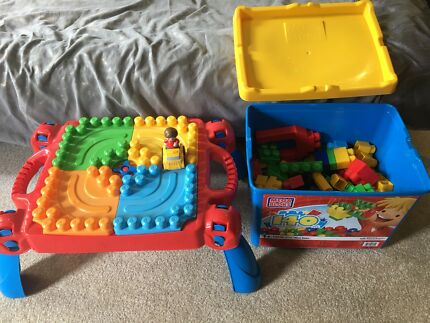 Mega Bloks play table bundle