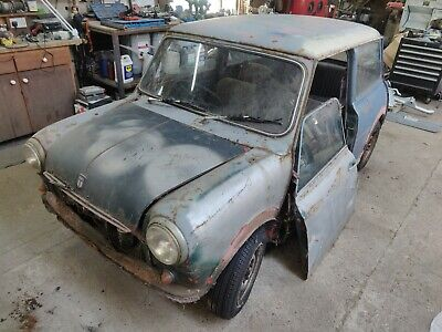 CLASSIC MINI 1000 1970 MK3 RED BARN FIND 2 OWNERS FROM NEW SPARES OR REPAIR