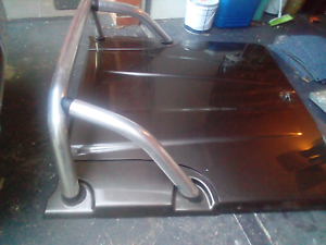 Mitsubishi triton hard ute cover with roll bar for 2009 on as new Keilor East Moonee Valley Preview