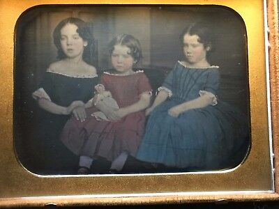 1/4 plate Daguerreotype ** 3 sisters with Doll on antique sofa ** Mint Stag Case