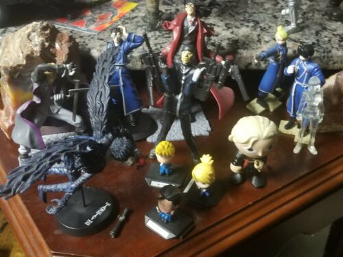 LOT Bandai  Action figures HAWKEYE Figure  And more