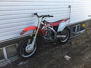 2007 Honda CRF 450R with Extra Parts