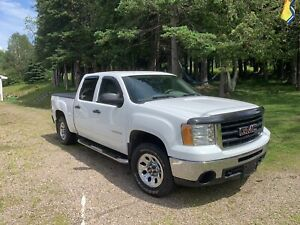 For Sale 2010 GMC Sierra SLE 4X4 Crew Cab 119,900 km
