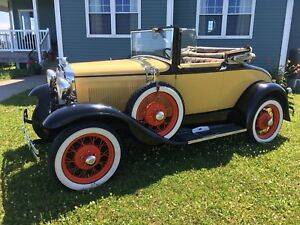 1930 Ford Model A Cabriolet Deluxe