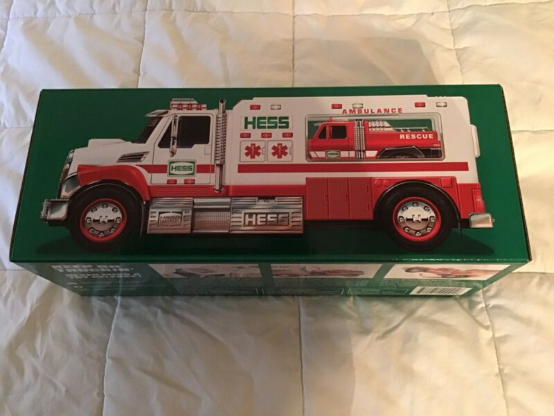2020 Hess Ambulance & Rescue Truck - Mint - First Time ever offered by Hess
