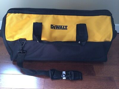 Brand New DeWALT Large Tool Bag Contractor Bag 24