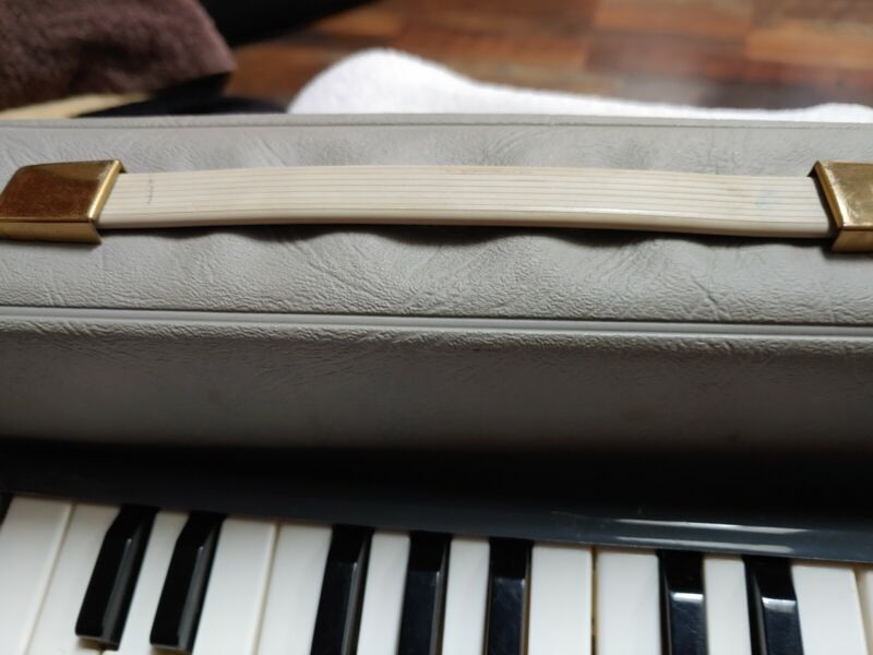 Melodic Piano 26
