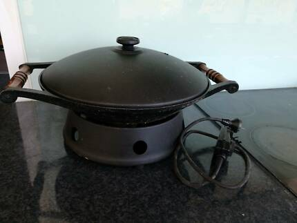 Electric cooking wok cooking pan Breville - $15