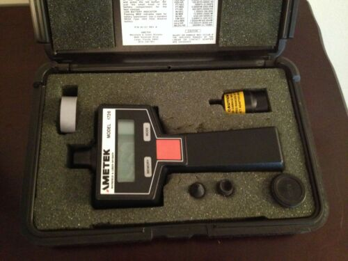 AMETEK MODEL 1726 DIGITAL TACHOMETER WITH CASE & ACCESSORIES SYSTEM FRONT LIGHTS